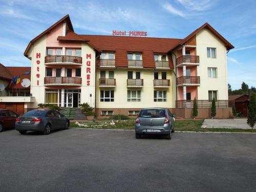 . Hotel Mures