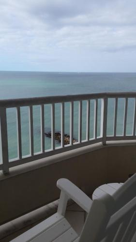 4711 Gulf of Mexico Drive, Longboat Key, Florida 34228, United States.