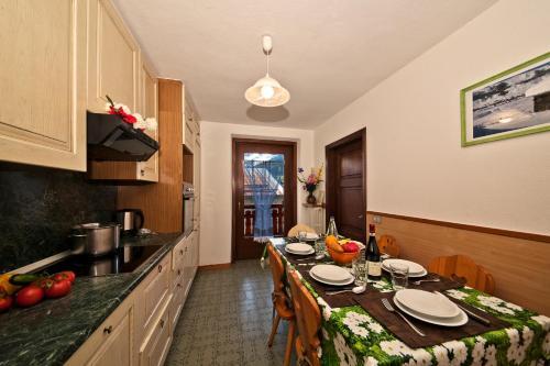 Livigno Apartment Sleeps 7 Livigno