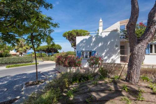 Vale Do Lobo Villa Sleeps 4 Air Con Wifi - Photo 7 of 15