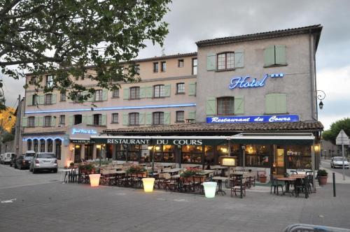 . Grand Hôtel du Cours