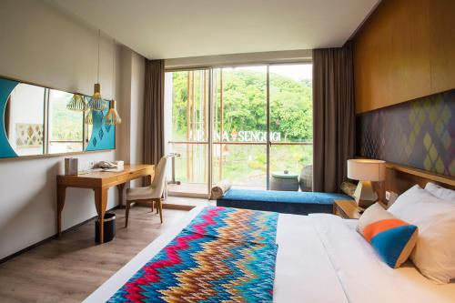 Tropical Sensation Package at Deluxe Room