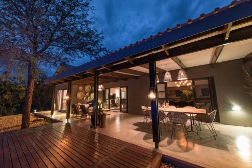 Bushwillow Private Villa