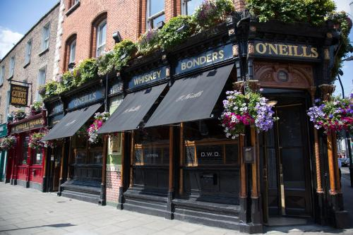 Hotel O'Neills Victorian Pub & Townhouse 1