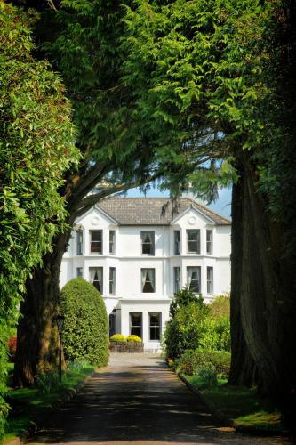 Ballylickey, Bantry, Co. Cork, Ireland.