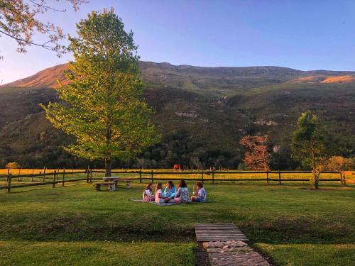 Somerset Gift Getaway Farm (B&B)