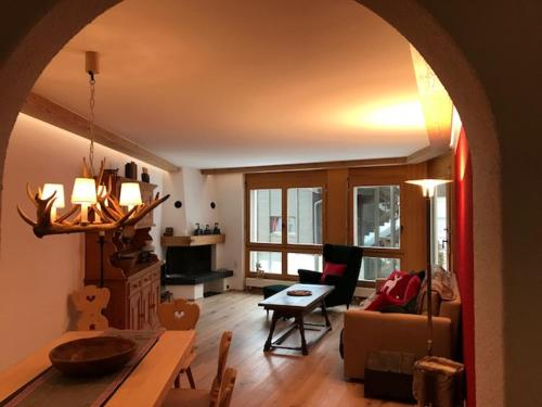 NEW renov. Apartment in Klosters on the road to Davos Klosters