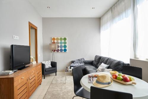 Ainb Diagonal Francesc Macià Apartments