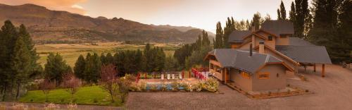 Casona Del Alto - Hotel - San Martín de los Andes