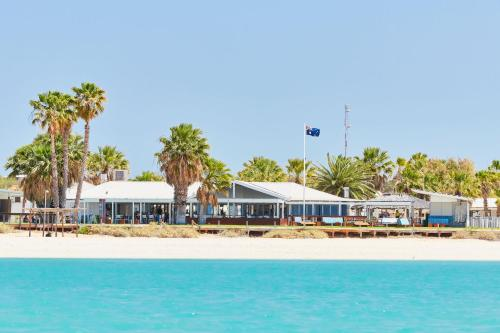 . RAC Monkey Mia Dolphin Resort