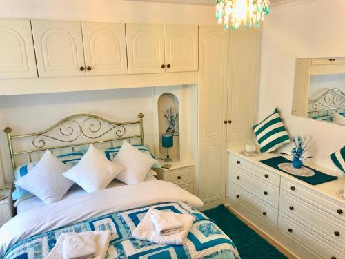 Villa Marina (Bed and Breakfast)