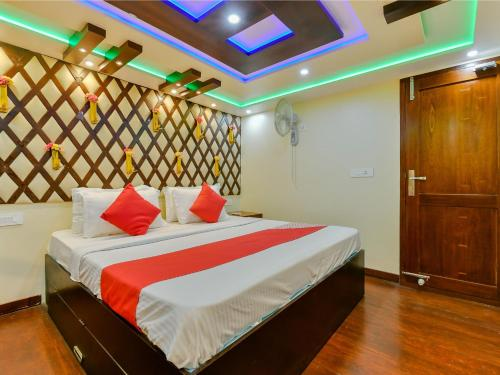 OYO 22759 Houseboat Luxury Smart Gold 6 BHK, Alappuzha