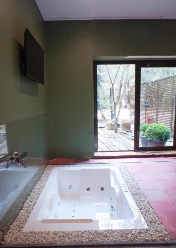 Habitación Doble con bañera de hidromasaje Hotel Boutique Pinar 2