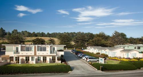 Cambria Landing Inn And Suites - Cambria, CA 93428