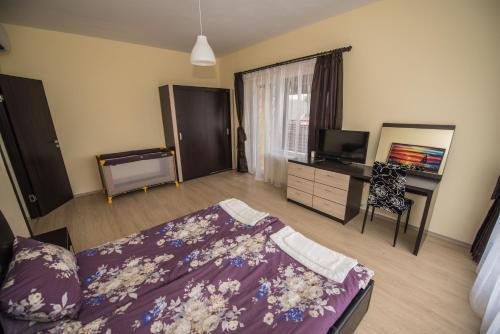 Vakarel Residence - Photo 7 of 52