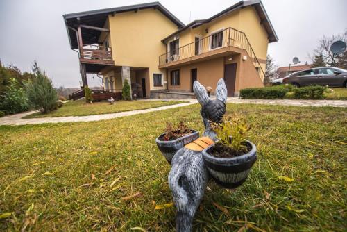 Vakarel Residence - Photo 2 of 52