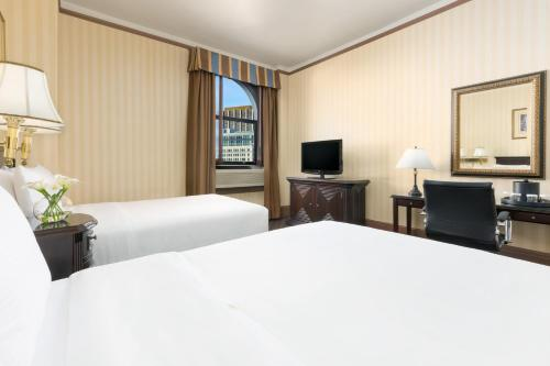 Hotel Whitcomb - San Francisco, CA 94103