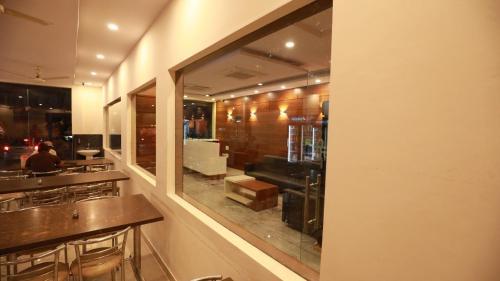 Hotel BGH, Sikar