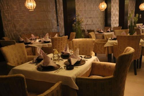 Samarons Hotels
