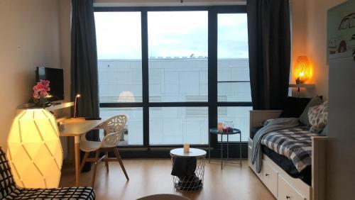 Cozy studio in Belval w/ Breakfast & Netflix