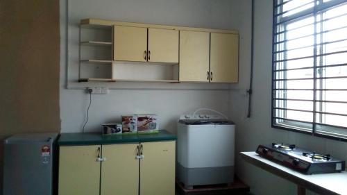 HOUZE Residence (guest house/ backpackers), Kuantan