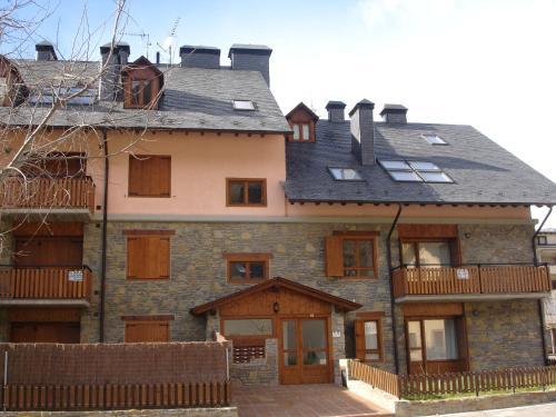 . Apartamentos wifi Baqueira & Aigüestortes con jardín privado