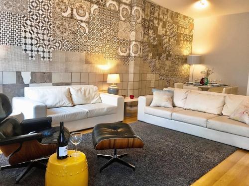 Lotusco Unique Centre Apartments