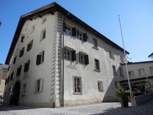 Palazzo Mÿsanus Samedan - Hotel