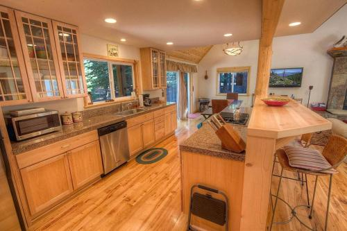 Placer Street House - Tahoma, CA 96142