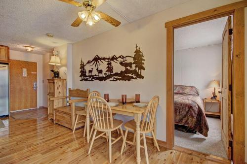 Storm Meadows East E31 Holiday home - Apartment - Steamboat