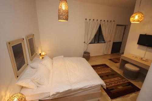 . Khan Alwakala Hotel