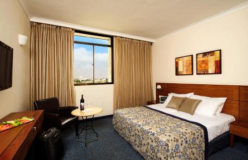 תמונות לחדר Caesar Premier Jerusalem Hotel