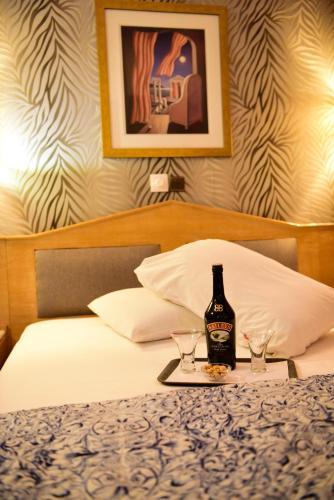 Eva Hotel Piraeus – Athens 2
