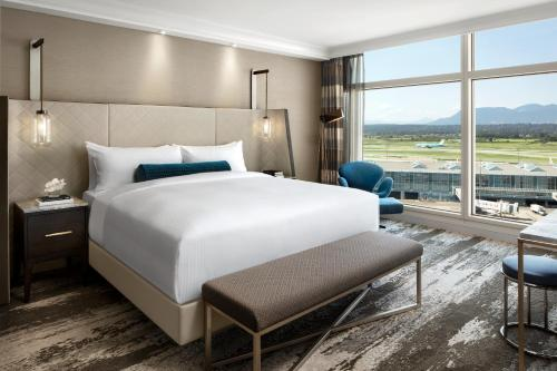Fairmont Gold with King Bed