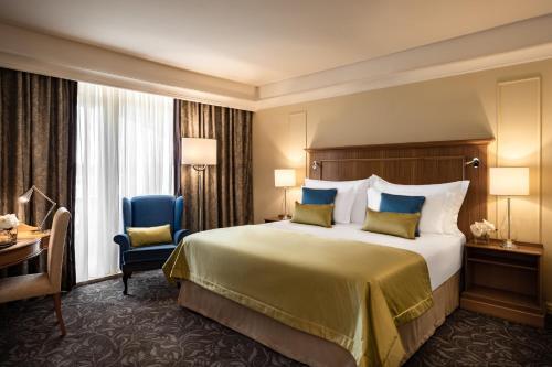Corinthia Palace Hotel & Spa zdjęcia pokoju