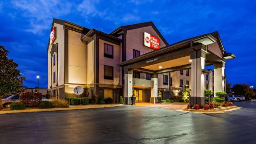 Best Western Plus Midwest City Inn & Suites - Midwest City, OK 73110