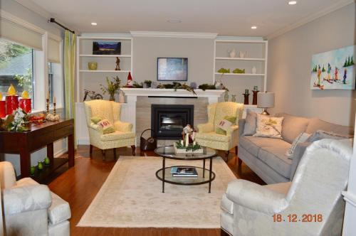 Beautiful Rockland Home near Government House - 30 Day Min