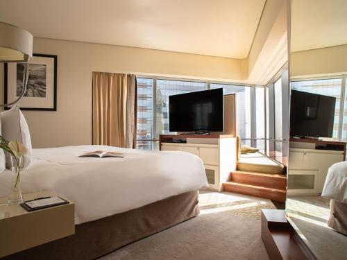 Jumeirah Emirates Towers photo 36