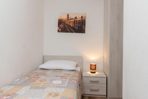 Apartament z 2 sypialniami i tarasem (Two-Bedroom Apartment with Terrace)
