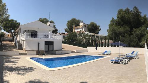 . Villa Caroline - A Murcia Holiday Rentals Property