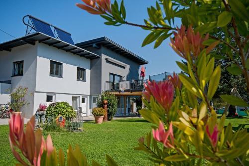Aktiv Apartments, Pension in Villach bei Krumpendorf am Wörthersee