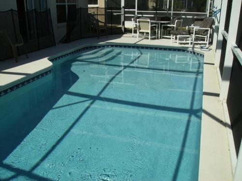 Private Pool Homes - image 9