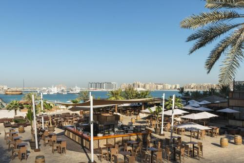 Le Meridien Mina Seyahi Beach Resort & Marina photo 26