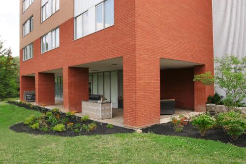 Residence & Conference Centre - Brampton Фотография 5