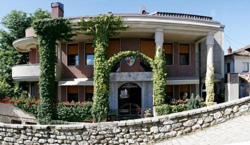 Villa Forum