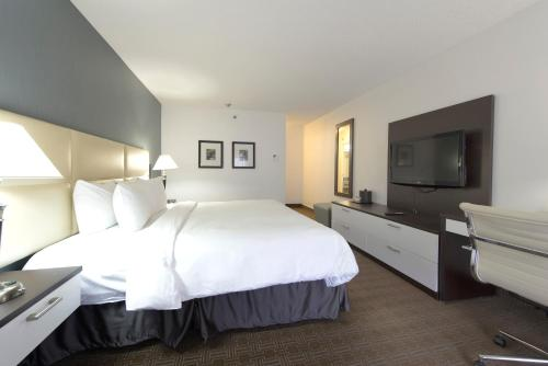 Toronto Don Valley Hotel and Suites Kuva 14