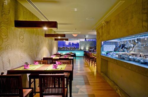 Galleria Sukhumvit 10 Bangkok by Compass Hospitality photo 28