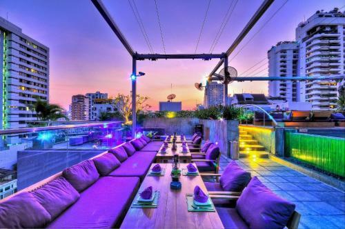 Galleria Sukhumvit 10 Bangkok by Compass Hospitality photo 31