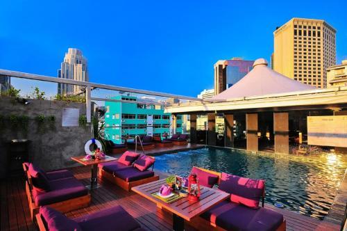 Galleria Sukhumvit 10 Bangkok by Compass Hospitality photo 37