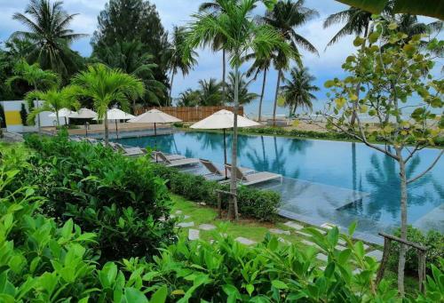 Tungtong Beach Villas